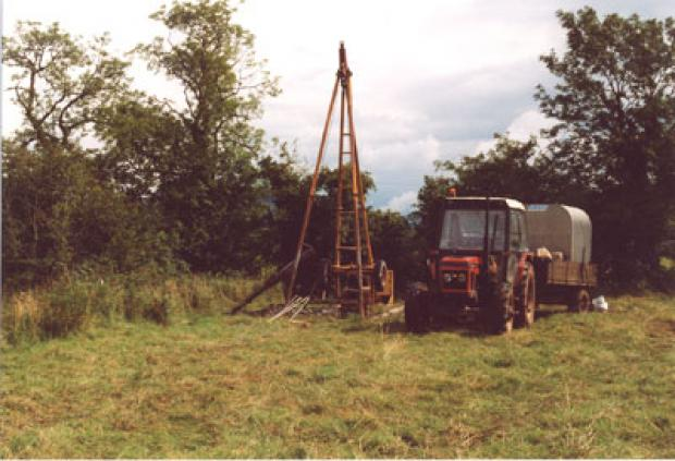Shell & Auger drilling rig