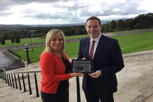 Hazzard and O'Neill remind primary schools to apply to join the Active School Travel Programme