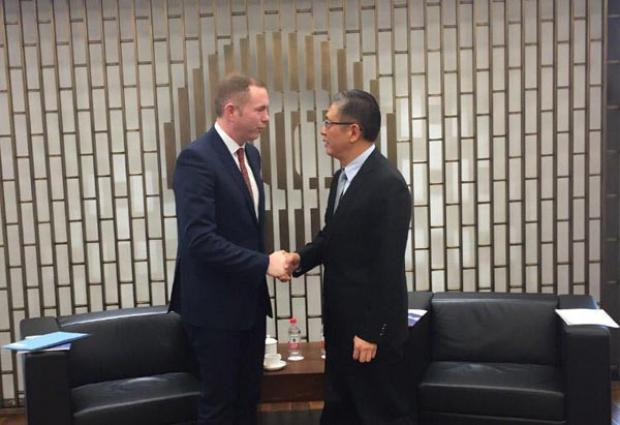 Minister Hazzard  meets the President of the China Investment Corporation, Tu Guangshao