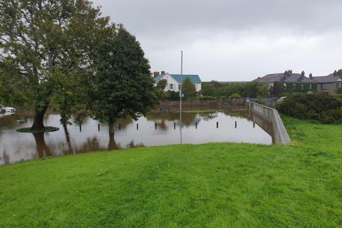 Flooding of Car Park in Islands Park